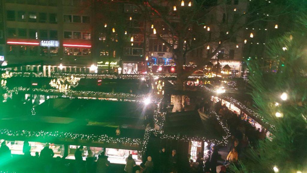 Ein Blick auf einen wunderschönen Weihnachtsmarkt